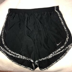 Nike Black & Leopard Print Dri-Fit Running Shorts